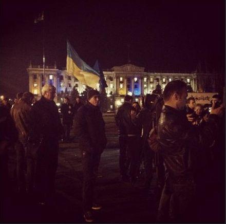 Миколаїв, Євромайдан/ Фото : @sereda_katerina