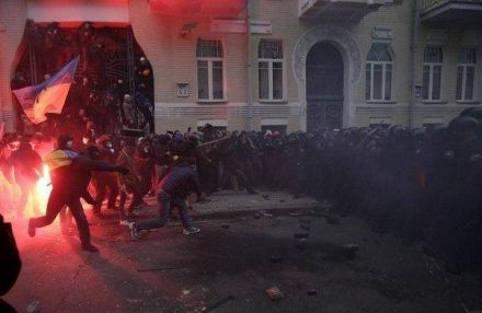 Захарченко рассказал, что брал участие в стычках с