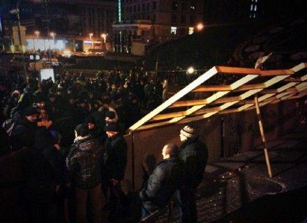 Баррикады на Майдане / Фото: Твиттер Павла Шеремета