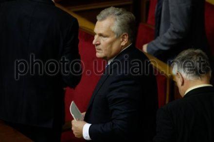 По мнению экс-президента Польши, Янукович не имеет своего плана решения ситуации