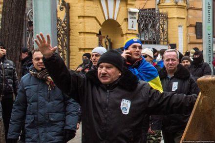 Провокатор, похожий на Кусюка, штурм АП  / Фото : Илья Варламов / zyalt.livejournal.com