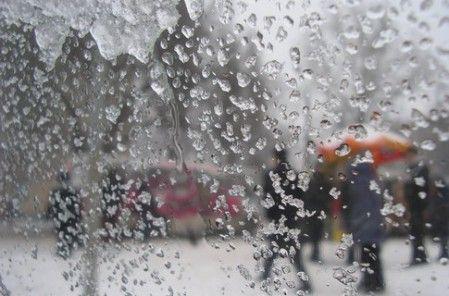 Завтра в Украине местами пройдет мокрый снег / Фото: lenta-ua.net