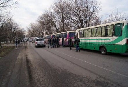 Задержанные под Первомайском автобусы