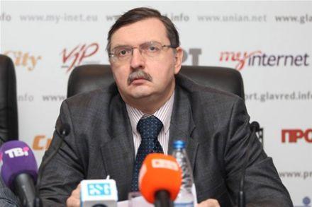 Игорь Бураковский считает помощь России опасной