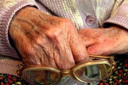 На Житомирщине ограбили 75-летнюю пенсионерку / Фото: obozrevatel.com