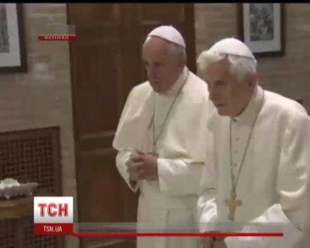 Оба Папы Римские поздравили друг друга с Рождеством