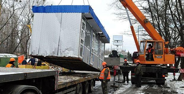 КП «Киевблагоустройство» в течение года демонтировало более тысячи нелегальных МАФов