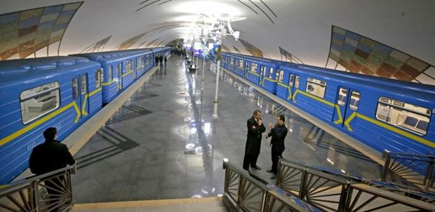 Омельченко призывает председателя КГГА открыть метро