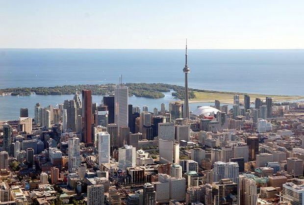 Торонто- крупнейший город Канады столица провинции Онтарио