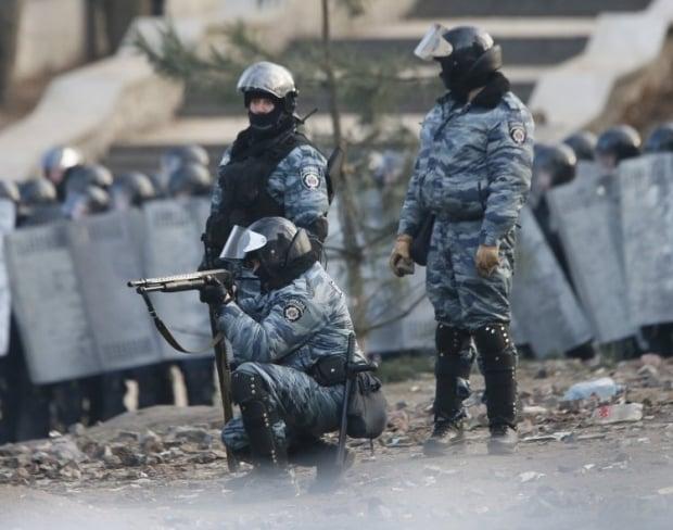 Беркут будет охранять порядок в Севастополе