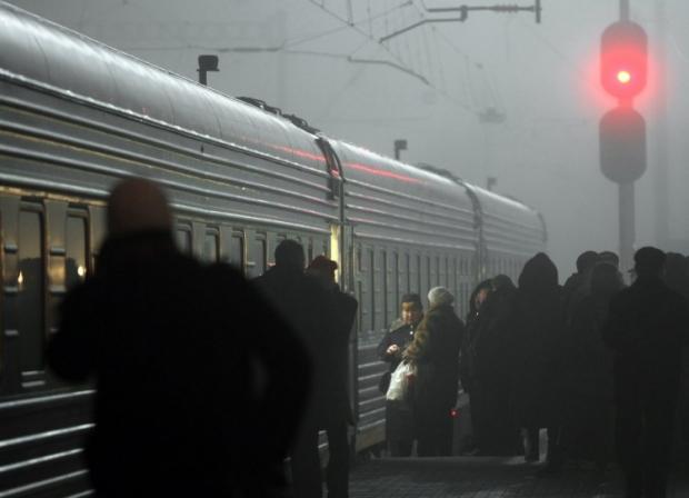 За місяць пасажири купили через Інтернет більш як 325 тис. квитків