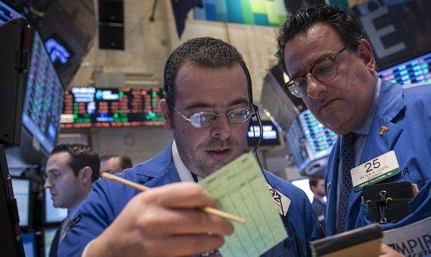 Промышленный индекс Dow Jones вырос на 1,06% / REUTERS
