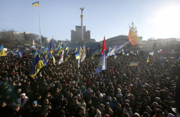 Участники Народного вече на Майдане Независимости