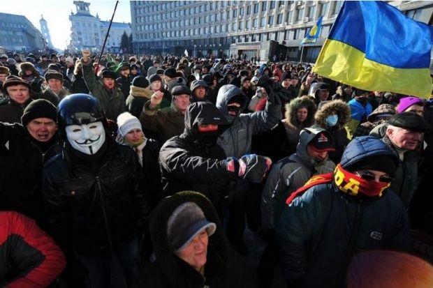 Митингующие в Сумах заняли Дом советов / Олег Демьяненко / dancor.sumy.ua