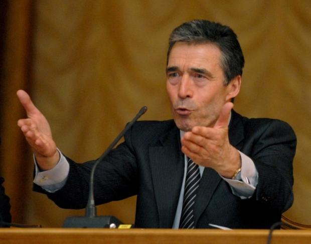 Генсек НАТО закликав українських політиків до діалогу