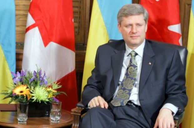Stephen Harper is concerned about the situation in Ukraine
