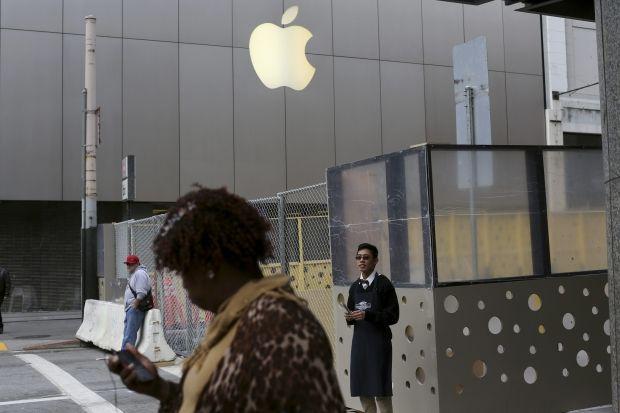 Apple покажет лучшие продукты за последние 25 лет / REUTERS