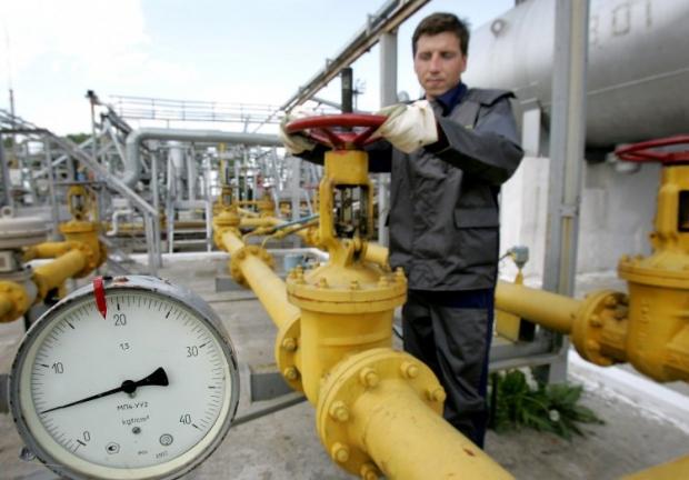 Нафта торгується різноспрямовано на