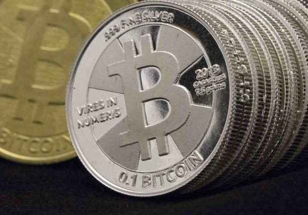 Основным недостатком криптовалюты считается возможность ее использования в преступных целях / REUTERS