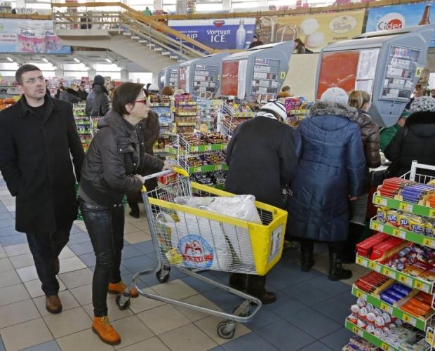 Уровень потребительской инфляции зависит от поведения покупателей.