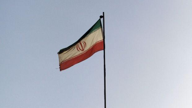 Иран успешно испытал две ракеты / REUTERS