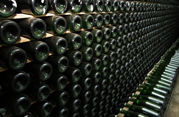 Оптовикам, продающим спирт из собственных виноматериалов, отменили лицензии наторговлю