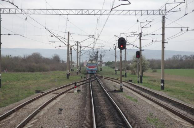 Южная железная дорога (ЮЖД) ежесуточно предлагает пассажирам 1450 билетов на поезда в крымском направлении