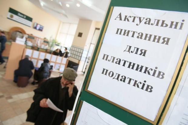 Миндоходов хочет освободить от налога бесплатную передачу машин госорганам и детским домам