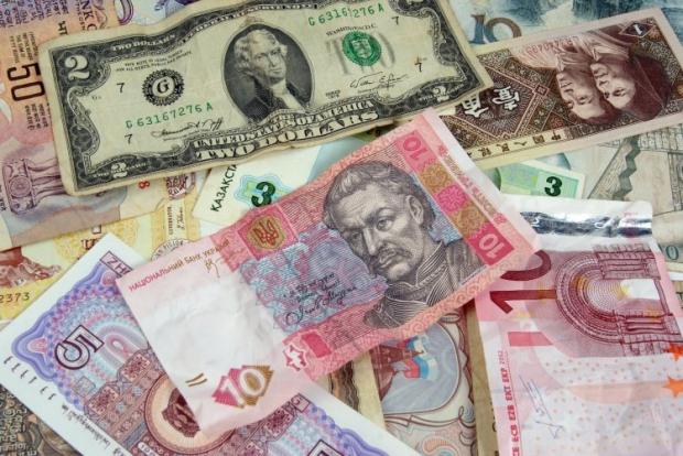 Кримчанам обіцяють у Росії усі блага і обіг гривні