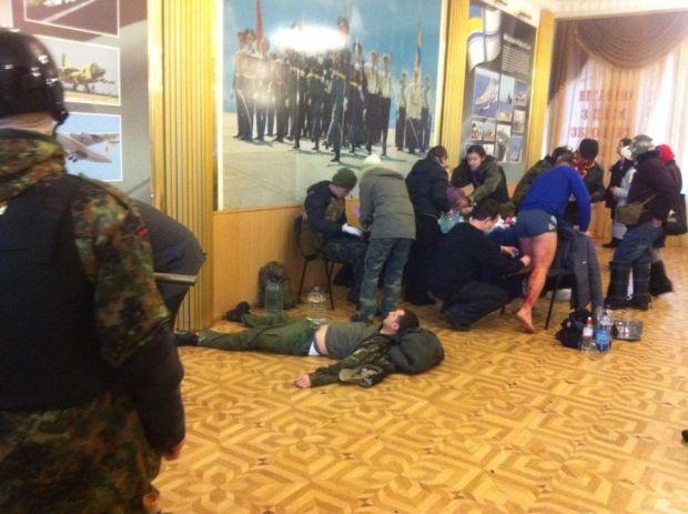 Медпункт в Доме офицеров / Фото Facebook Андрей Ильенко