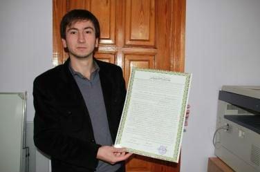 Теперь 27-летний Сулейман Велиев — сертифицированный передатчик стиля Хафс-ан-Асим