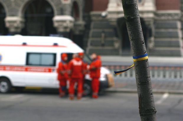 Число жертв нападения на станцию скорой помощи в Крыму возросло до трех