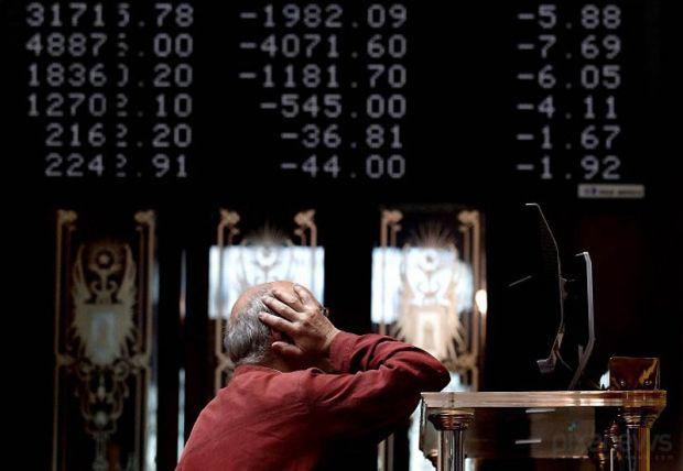 Украинский рынок снижается на торгах в четверг / REUTERS