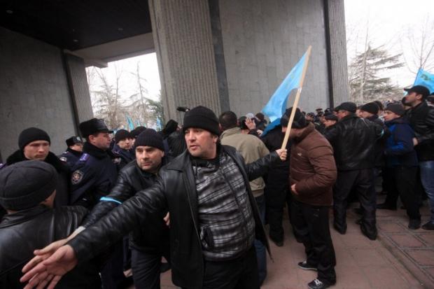 МИД Турции призывает крымских татар к благоразумию