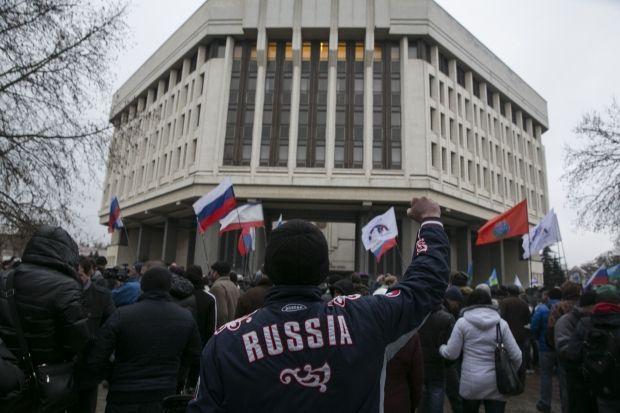 У парламенті Криму кажуть, що питання виходу на референдумі не буде