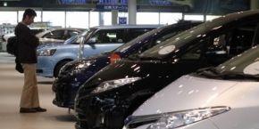 Продажи новых легковых авто в Украине рухнули на 63%