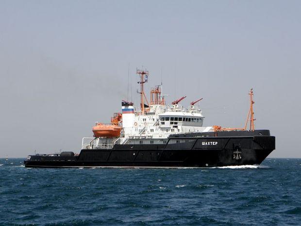 Росіяни затопили рятувальне судно