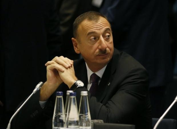 К Ильхаму Алиеву крымские татары обратились за помощью
