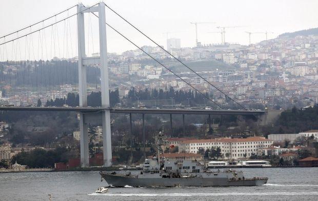 Эсминец ВМС США Truxtun начал военные учения в территориальных водах Румынии / Reuters