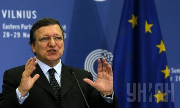 Referendum on March 16 in Crimea is illegal, Russia should stop attempts to annex Crimea – Barroso