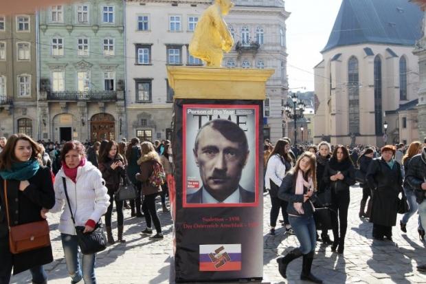 Путин отравил Россию своей пропагандой, считают в Польше