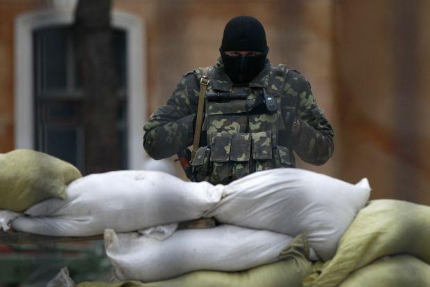 Ukrainian military man is killed in Crimea – Defense Ministry/REUTERS