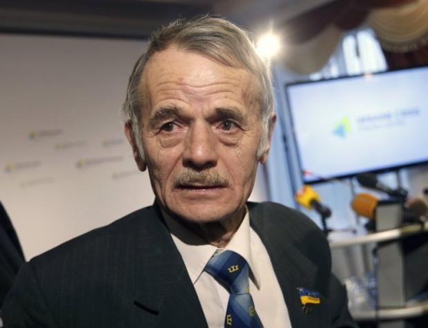 Джемилев обратил внимание на угрозу кровопролития в Крыму