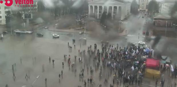 На митинге очень мало людей