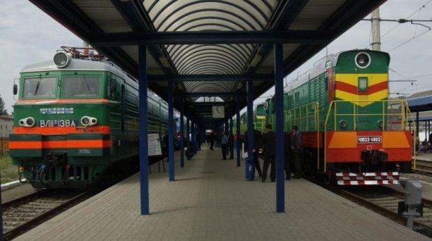в целом через интернет реализуется около 9% железнодорожных билетов от общего объема продаж / УЗ