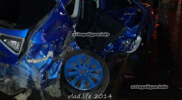 Porshe Panamera turbo S знищив Subaru Impreza. Загинула дівчина.