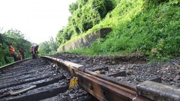 Приднепровская железная дорога в апреле отремонтировала около 15 км путей