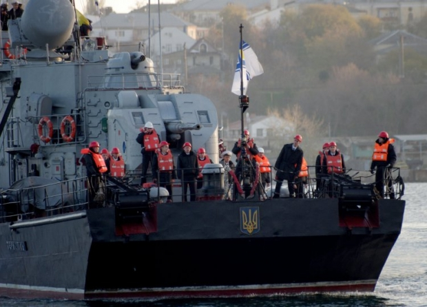 RF's ultimatum to seamen expires today: to betray Ukraine or to leave Crimea/REUTERS