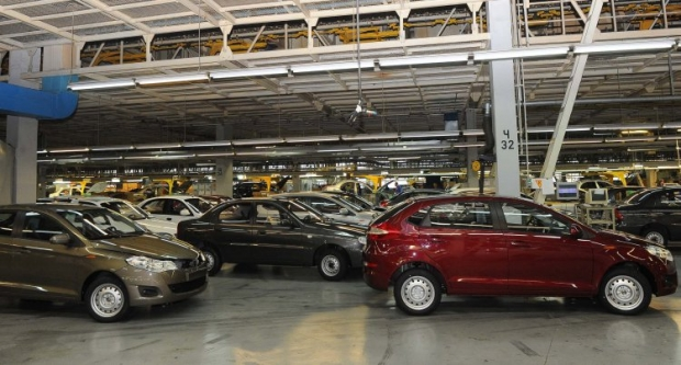 Украинцы стали покупать меньше новых автомобилей