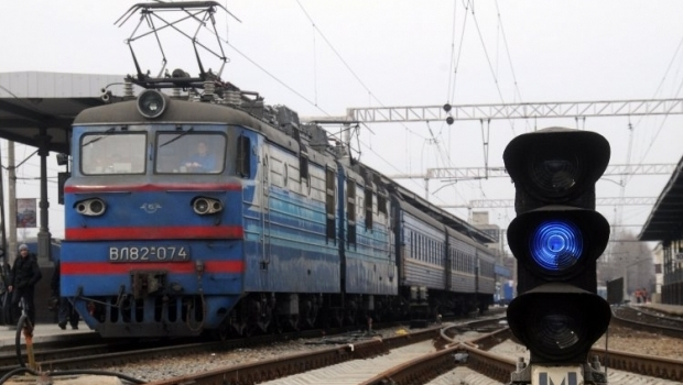 На Луганщине террористы взорвали железную дорогу